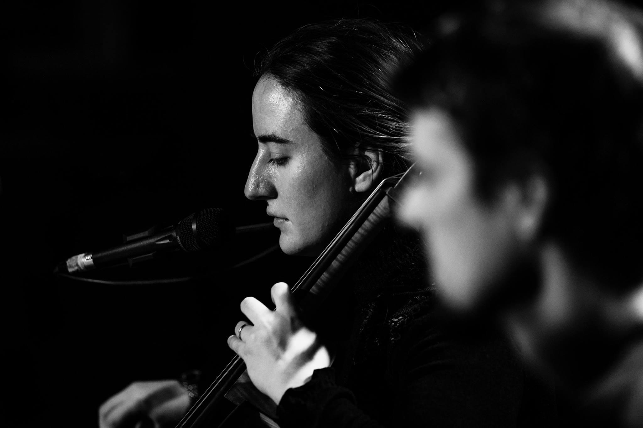 Poetrio v Jazz in jaz 21.11.17 na Radiu Koper z Mojco Maljevac